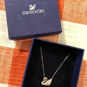 Swarovski swan necklace in silver.